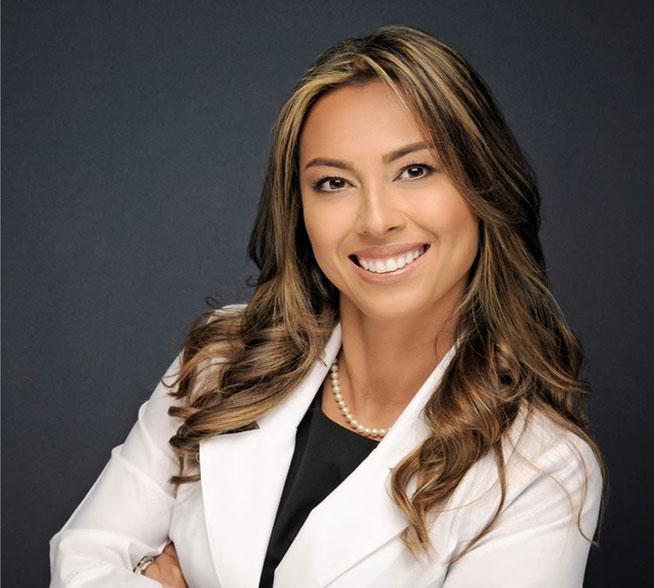 Dr. Luz Castillo